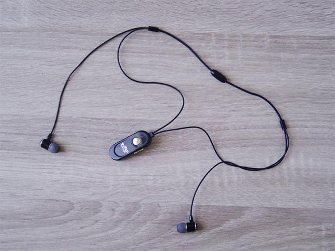 aeroTAPワイヤレスヘッドセット_全体のデザイン