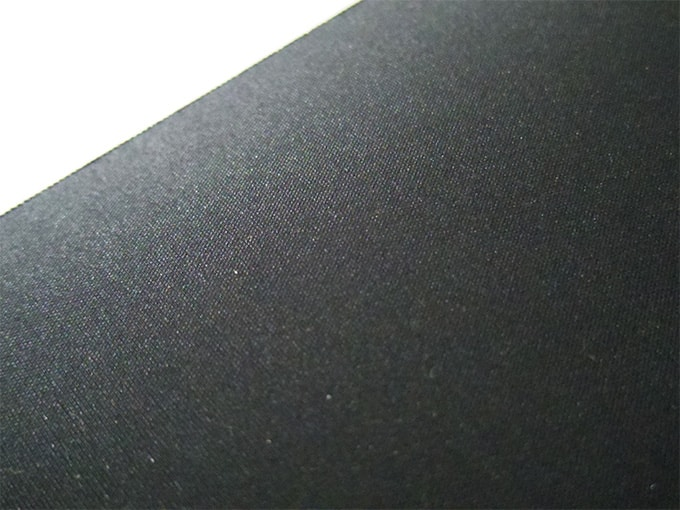 ELECOMデスクマット_表面の素材感