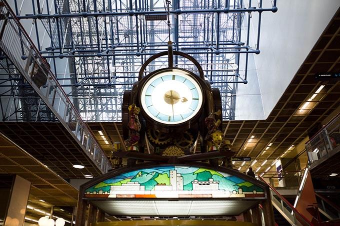 RICOH-GRIII(GR3)_三宮センタープラザの時計台(マゼラン)
