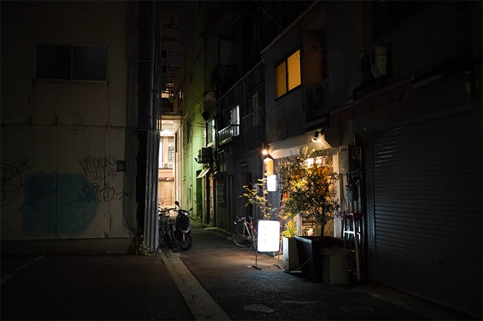 RICOH-GRIII(GR3)_路地の夜景撮影