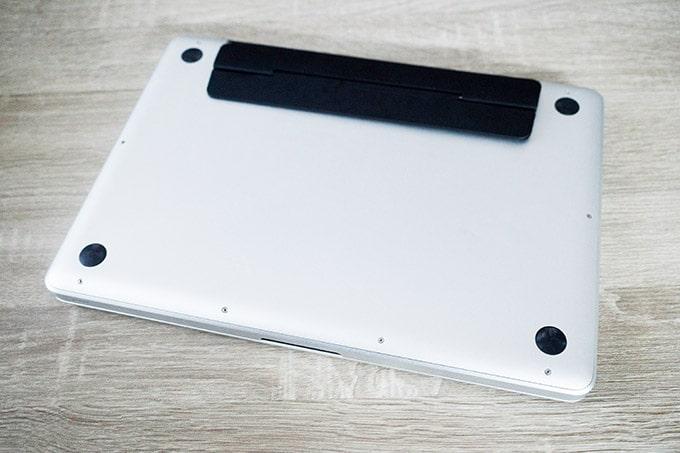 MOFTノートPCスタンド_キックフリップはMacBookProへ