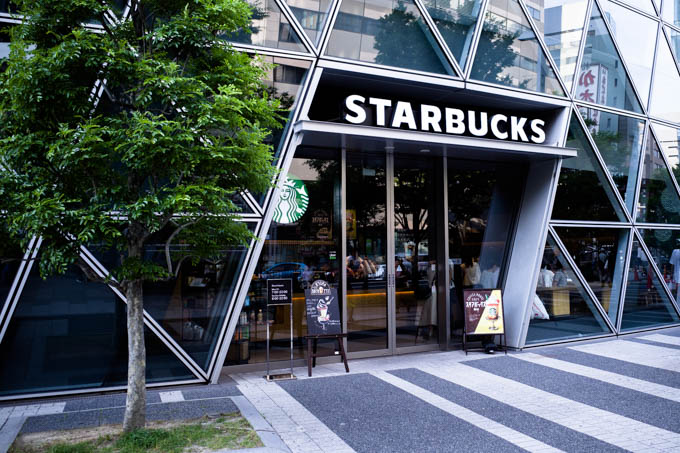 GRIII(GR3)名古屋駅周辺フォトウォーク_スパイラルタワー内のスターバックスコーヒー