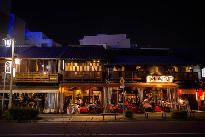 GRIII(GR3)名古屋駅周辺フォトウォーク_レトロな大衆居酒屋