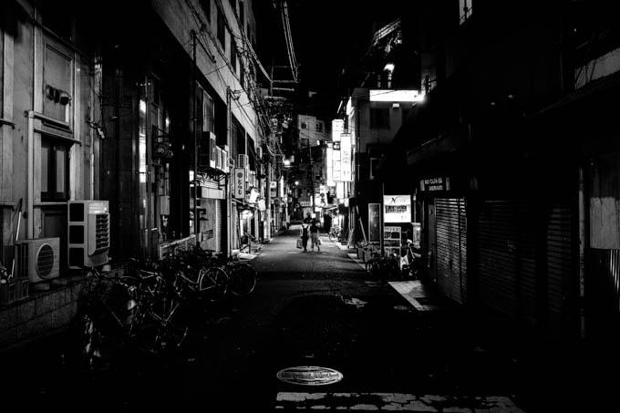 GRIII(GR3)ハイコントラスト白黒作例_裏路地