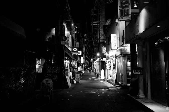 GRIII(GR3)ハイコントラスト白黒作例_人のいない風景