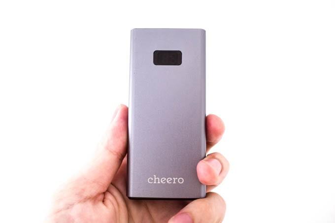 cheero-power-plus5_コンパクトでスタイリッシュなアルミ素材