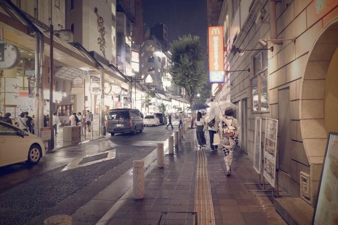 GRIII(GR3)レトロモード作例_三宮駅前通路