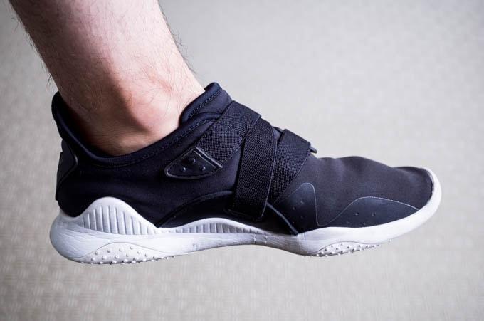 無印良品フットカバー_スニーカーから靴下が飛び出さない2