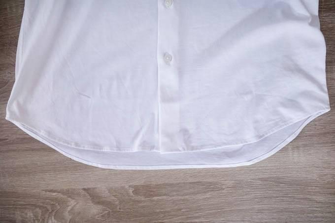 ユニクロ イージーケアジャージーシャツ_裾