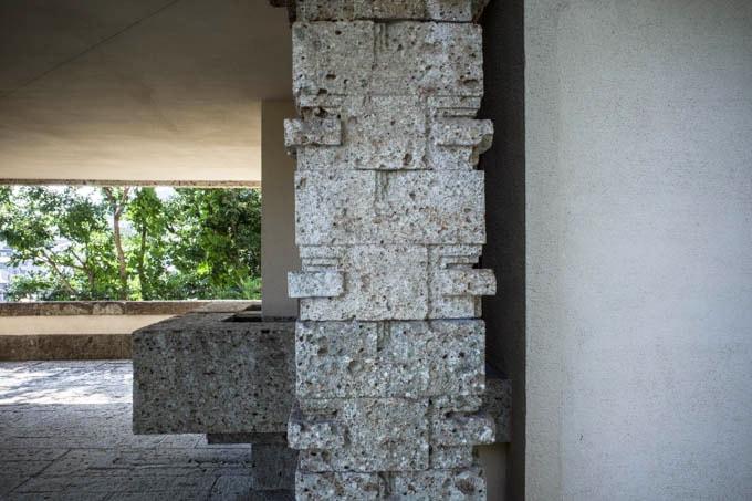 ヨドコウ迎賓館(旧山邑家住宅)_柱の意匠