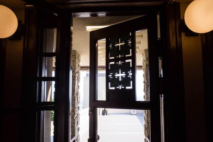 ヨドコウ迎賓館(旧山邑家住宅)_屋上への扉