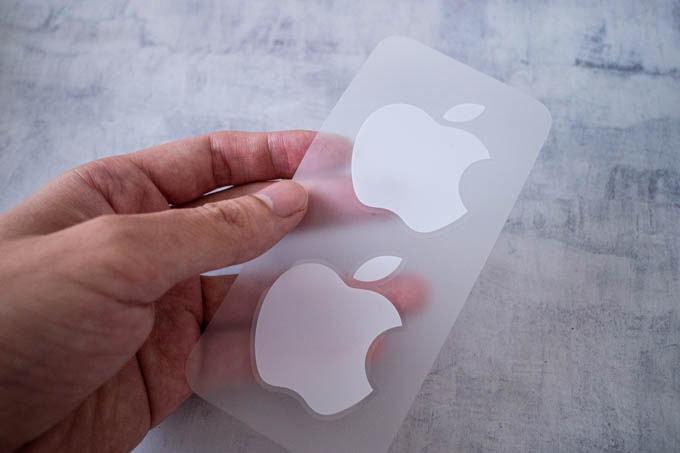 無印iPhone11ブラック_ステッカー