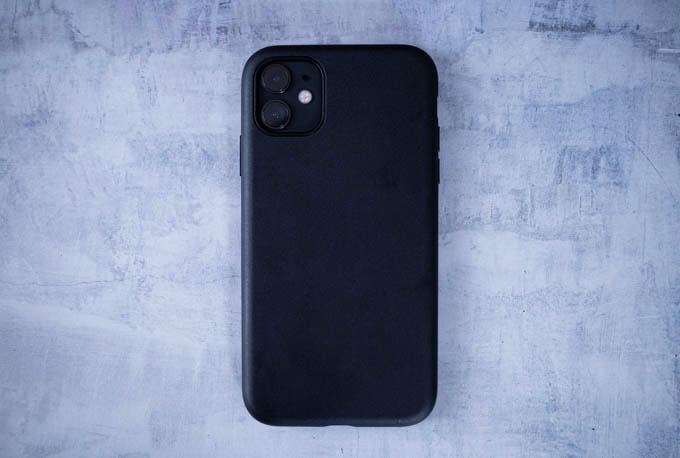 Smooth Touch Hybrid Case for iPhone11_本体あり