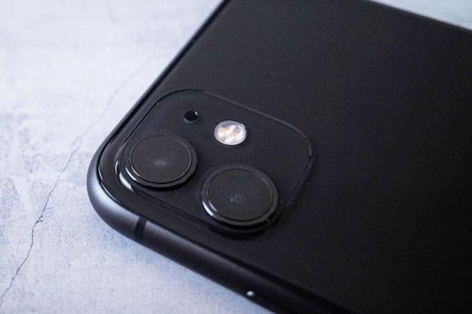無印iPhone11ブラック_カメラ