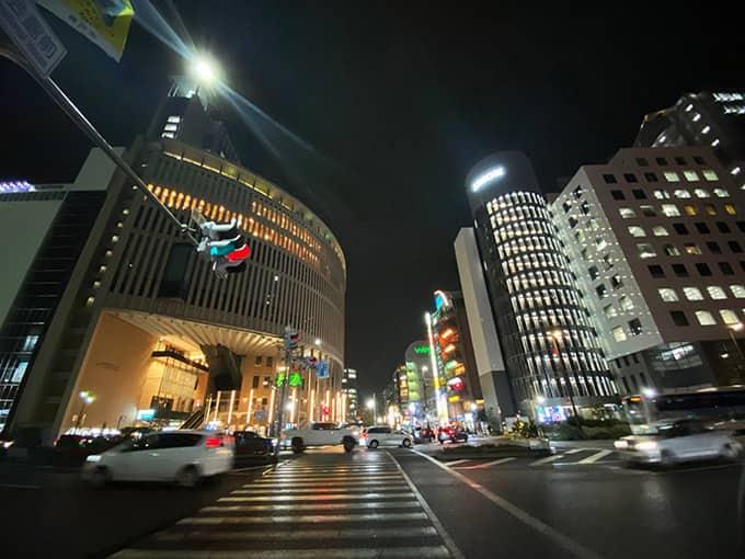 無印iPhone11ブラック_超広角夜景撮影