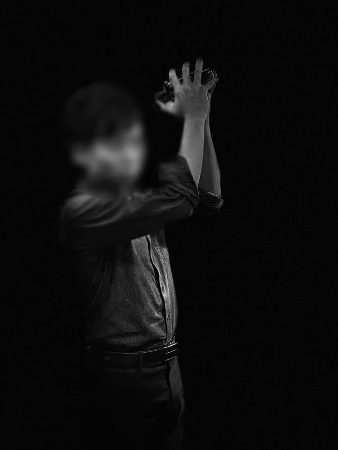 無印iPhone11ブラック_ポートレートモード(ステージ照明モノ)