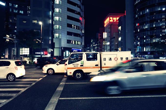 GRIII(GR3)クロスプロセス作例_夜の車と横断歩道