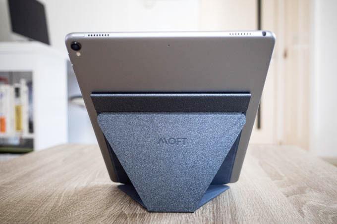 MOFT X(モフトエックス)_タブレット用の縦置きその1