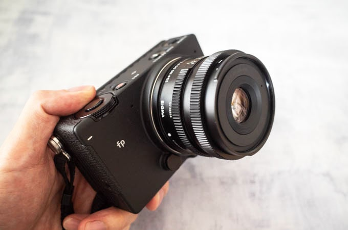 SIGMAfp(シグマエフピー)_Contemporary 45mm F2.8 DG DN(レンズフードなし)