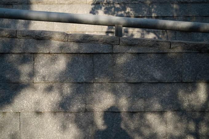 SIGMAfp(シグマエフピー)_影と石