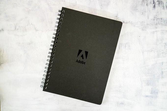 Adobe(アドビ)ノベルティグッズ_ノート