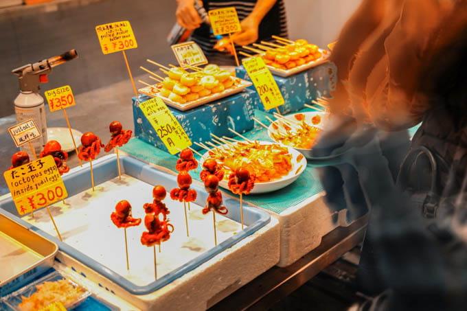 SIGMAfpティールオレンジin京都_錦市場商店街の売り物3