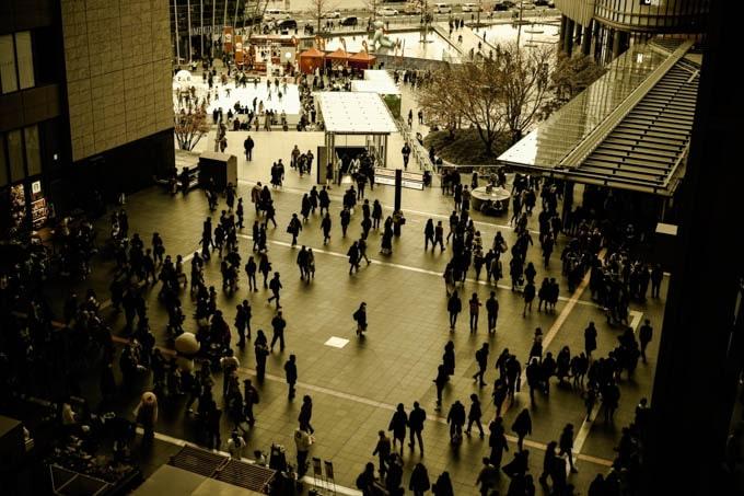SIGMAfpレトロモード_大阪駅から見下ろす