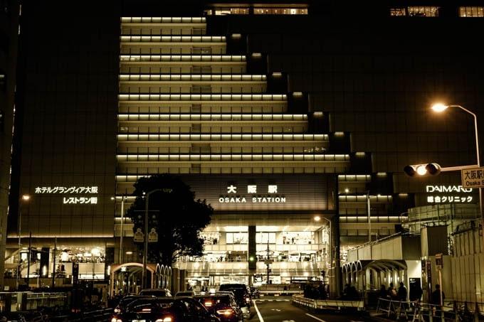 SIGMAfpレトロモード_大阪駅4