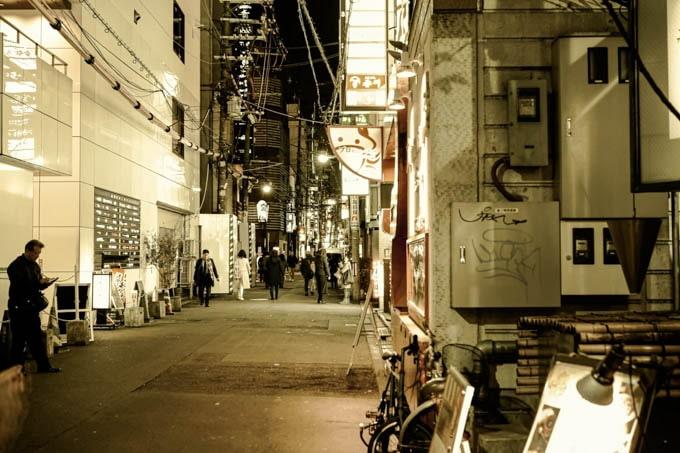 SIGMAfpレトロモード_大阪北新地3