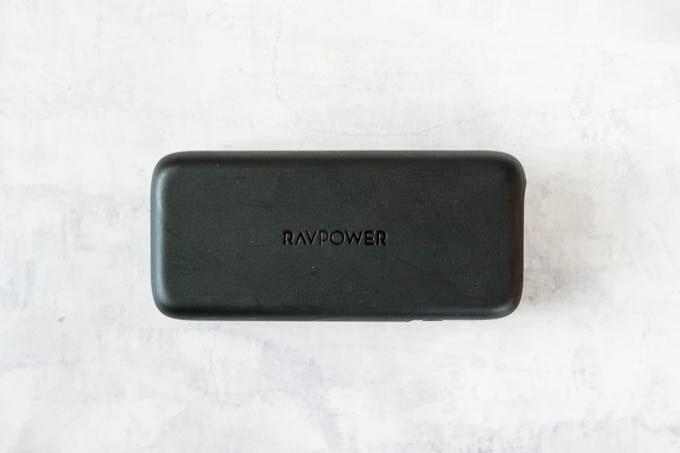RAVPOWER(ラブパワー)_RP-PB186モバイルバッテリー_全体のデザイン