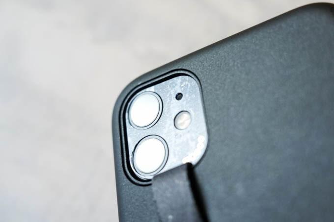 i's Deco(アイズデコ)_iphone11_光の反射