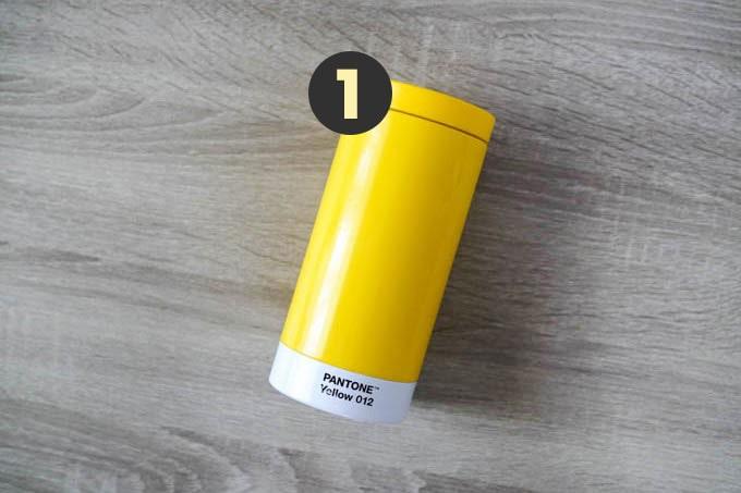 現役デザイナーのカバンの中身-2020年版_PANTONE水筒