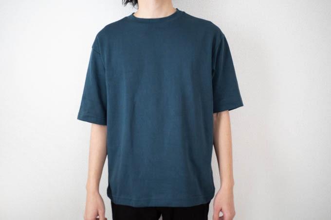 エアリズムコットンオーバーサイズTシャツ_着用写真