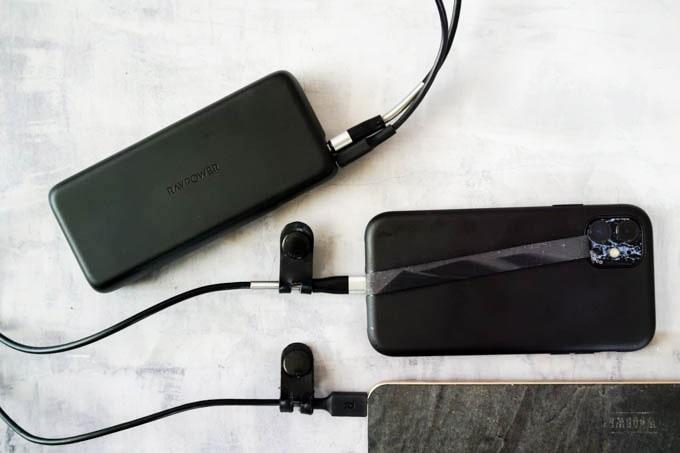 RAVPOWER_PR-PB201モバイルバッテリー_同時充電イメージ