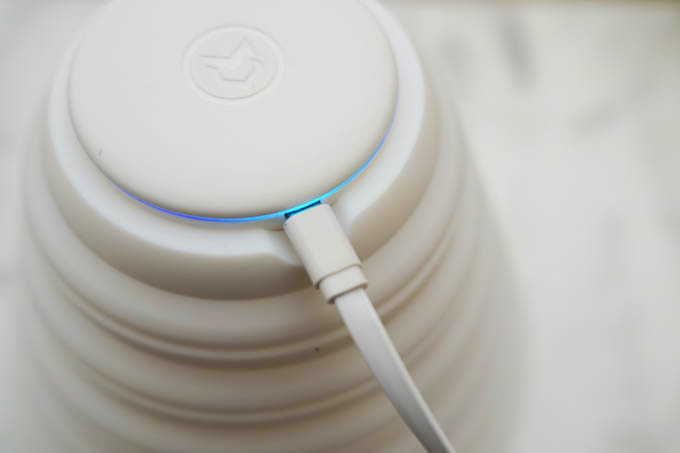 Mahatonポータブル紫外線除菌器_充電しながら使用可能