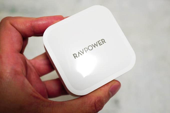 RAVPOWER-RPPC128_光沢感
