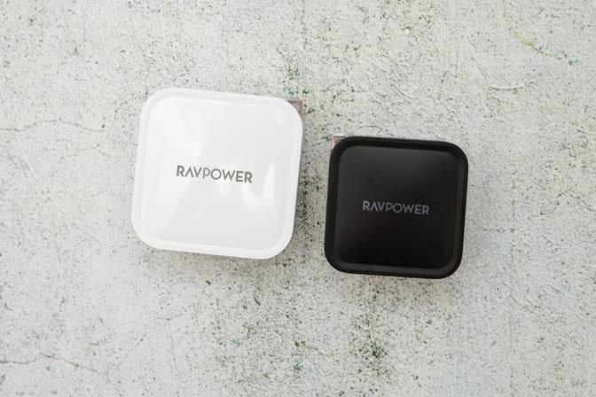 RAVPOWER-RPPC133_RPPC128とサイズ比較