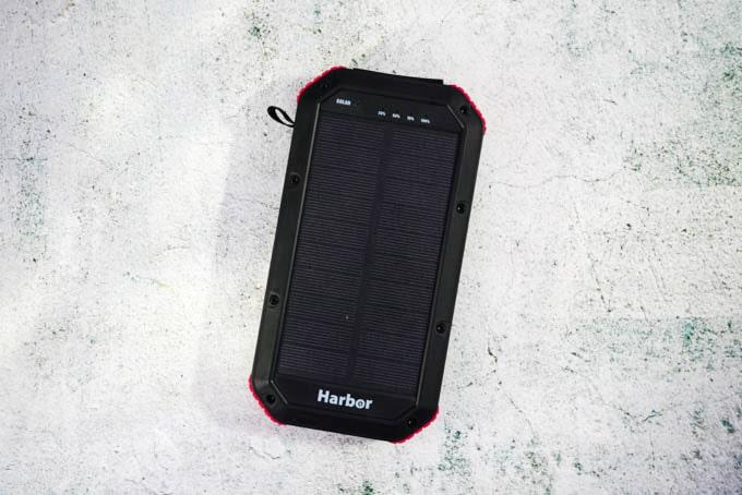 Harbor多機能モバイルバッテリー_表面