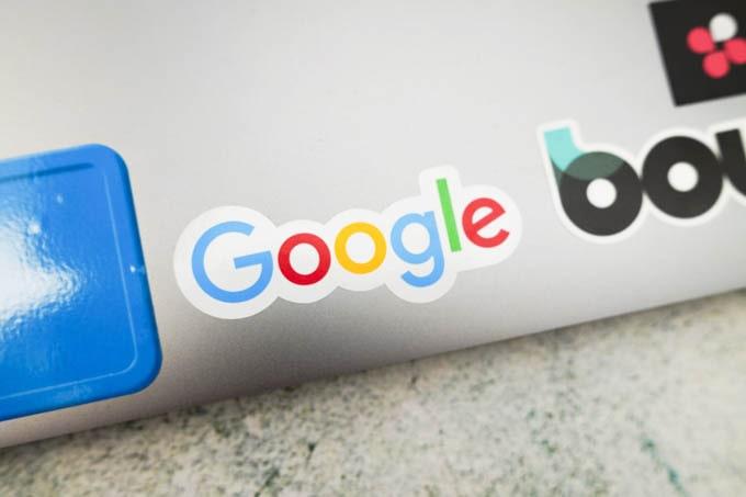 google公式グッズ_ロゴステッカー