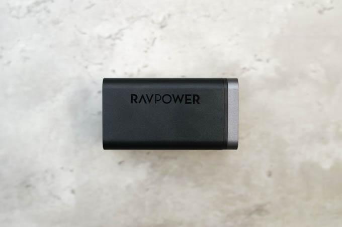 RAVPOWER RP-PC136_全体のデザイン