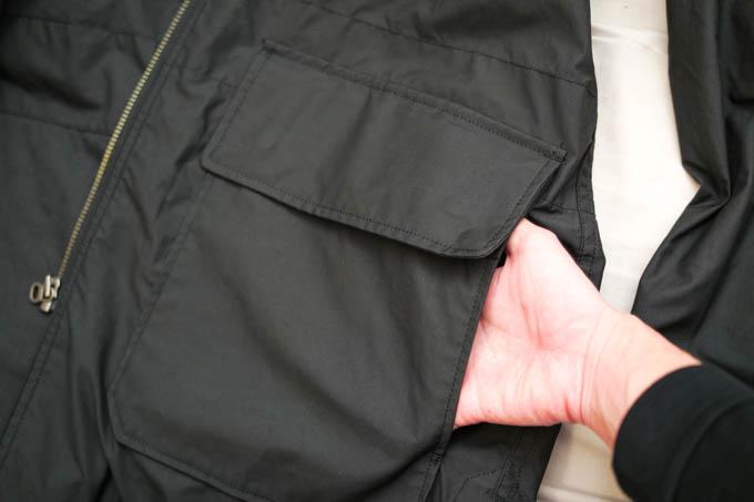 UNIQLO U 2021SS フーデッドコート_側部大型ポケット