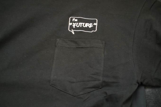 GU×ミハラヤスヒロ_オーバーサイズT(5分袖)コンビネーション_胸ポケット+グラフィック