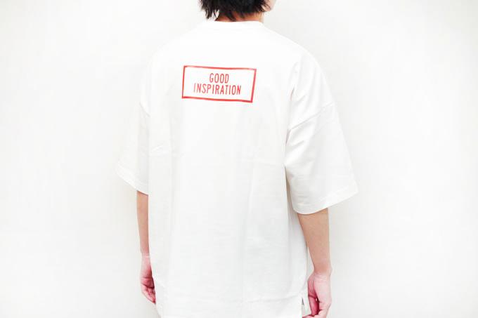 GU×ミハラヤスヒロ_ビッグT(5分袖)MY_背面着用写真