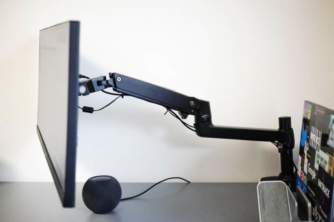 Amazon Basic モニターアーム