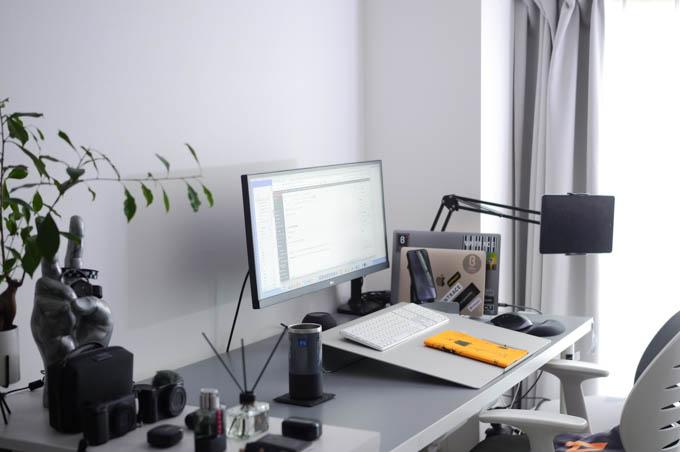 angle10 卓上傾斜台_作業スペース設置イメージ
